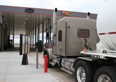 Large vehicle truck & RV drive-thru